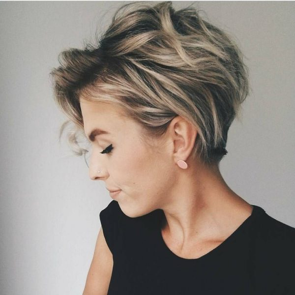 Short Hair Styles For Women How To Style Short Hair 2019
